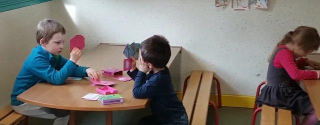 Les enfants de l'accueil de Loisirs de Bézenet s'étaient donnés comme objectif de mettre en scène eux aussi un «mannequin challenge»! Opération REUSSIE. Nous sommes fiers d'eux! https://www.youtube.com/watch?v=uvb-7ntthZw&feature=youtu.be