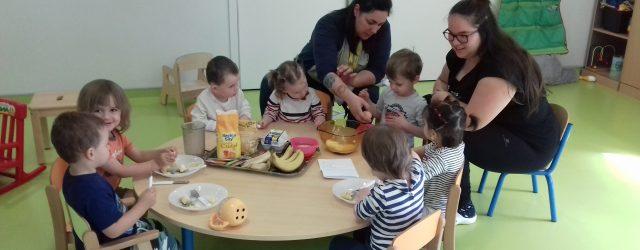 Vendredi dernier à l'occasion de l'anniversaire d'un enfant, l'équipe et les enfants ont réalisé un gâteau à la banane. Les enfants apprécient particulièrement la cuisine, ils ont été rapide pour […]